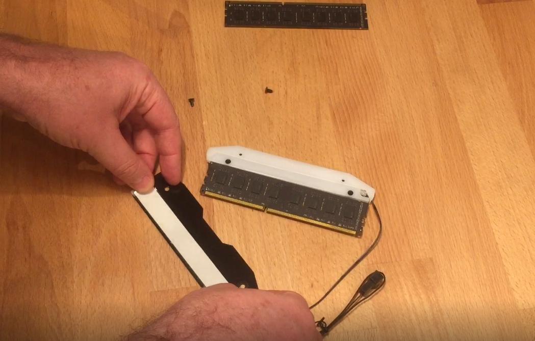 upHere RGB RAM memory heatsink review - MyRandomTechBlog com