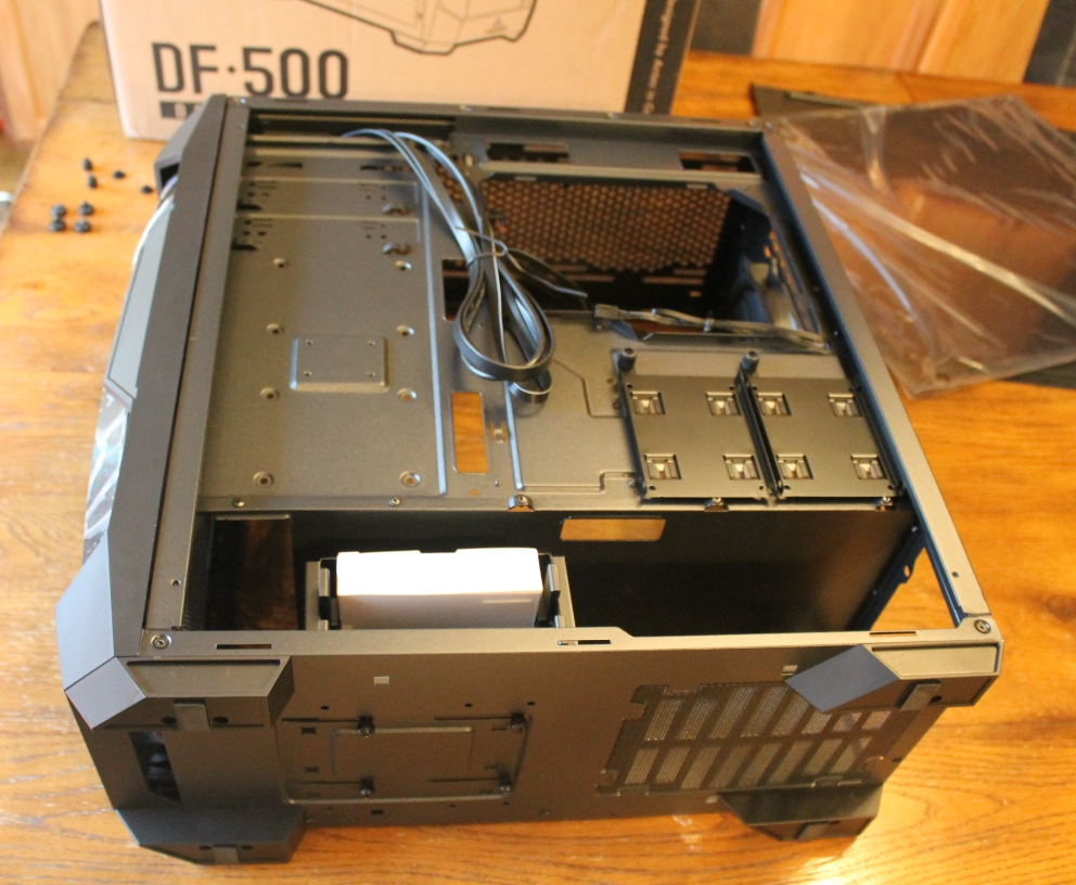Antec DF500 back side view case open.