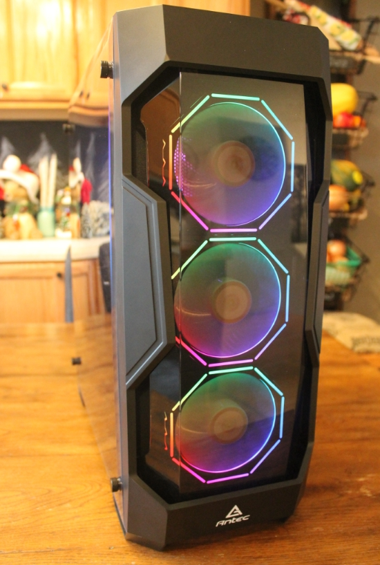 Leddess RGB fans on with antec DF500 tinted front cover