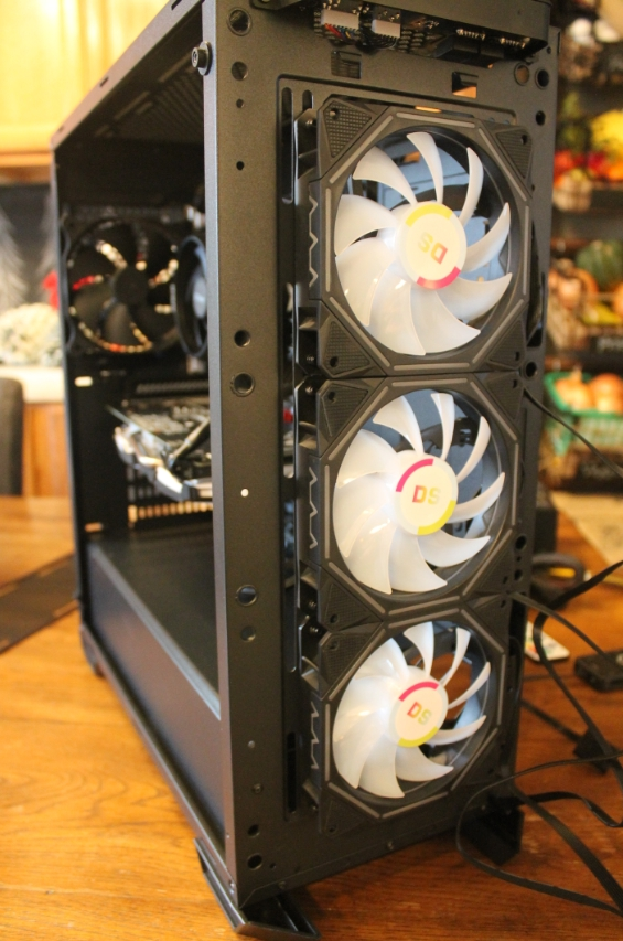 Installing the leddess RGB fans in my antec DF500 case.